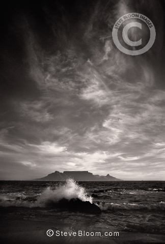 Table Mountain from Blaubergstrand, South Africa