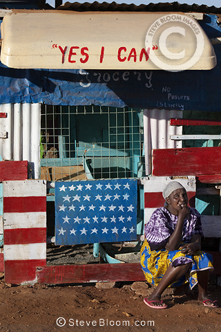 'Yes I Can' slogan on shop, Nairobi, Kenya.