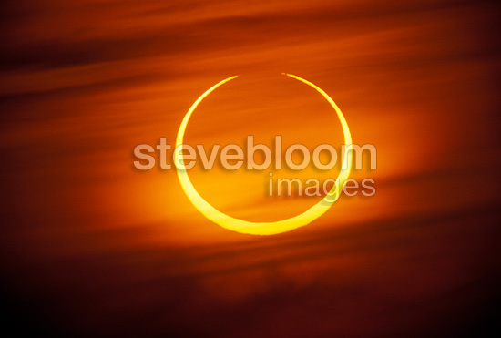 Annular solar eclipse in second partial phase Morocco