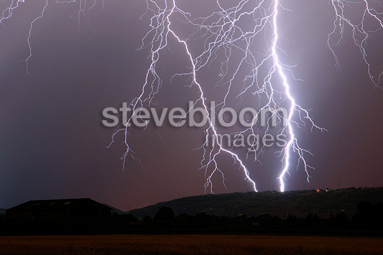 Branched lightning strikes on the Monts d'Ardèche France