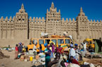 Monday market outside the Great Mosque, Djenne